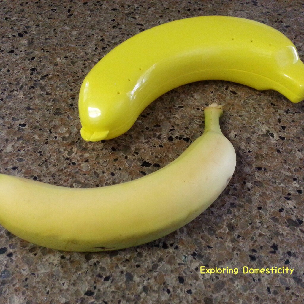 The Banana Keeper: preserves half eaten bananas in the fridge