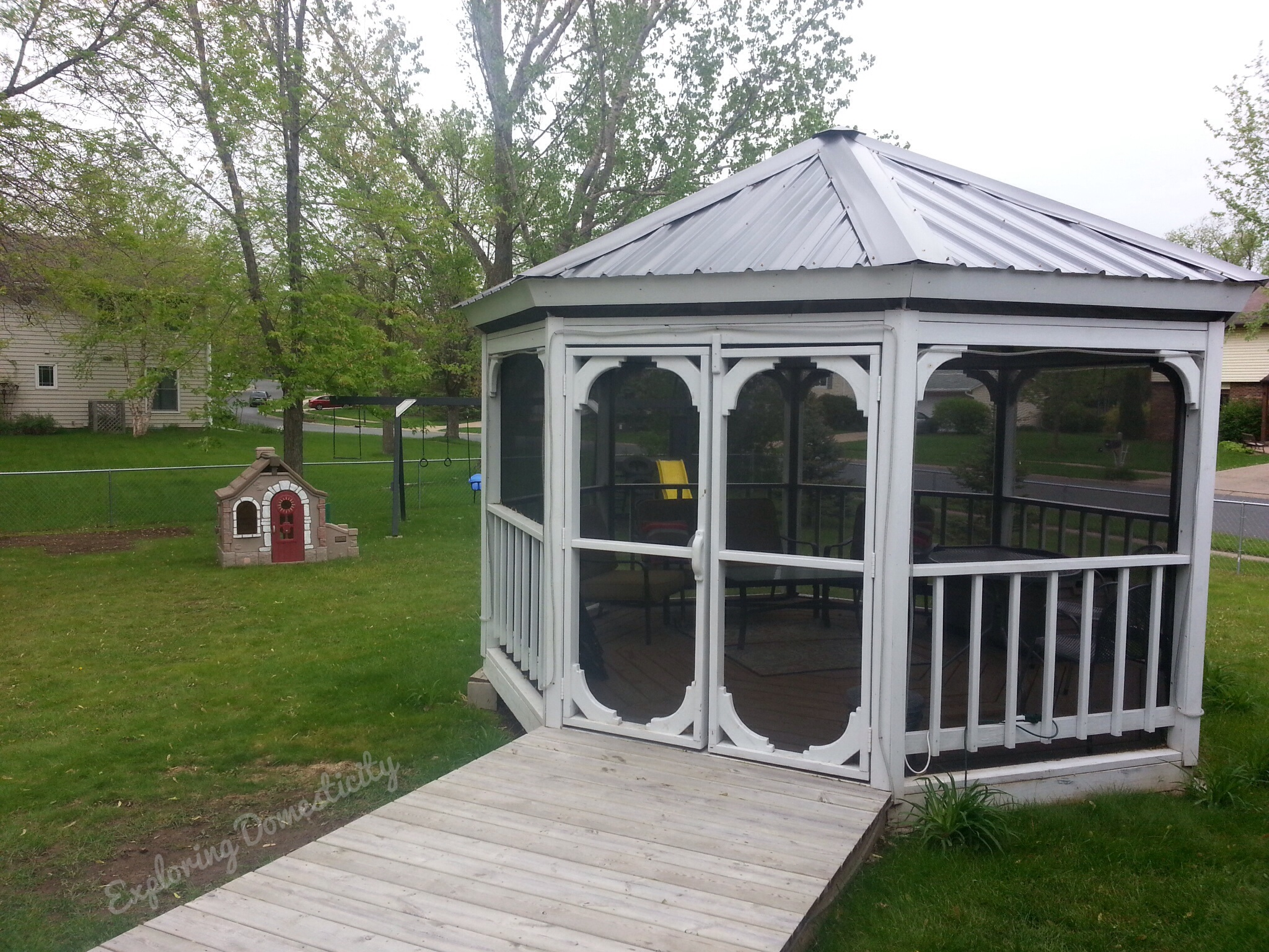 Gazebo: my springtime happy place