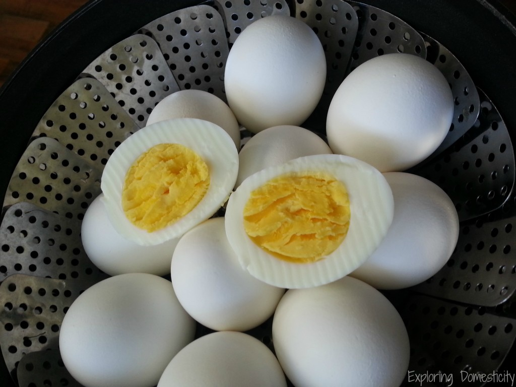 easy-to-peel and perfect hard-boiled eggs - steamed