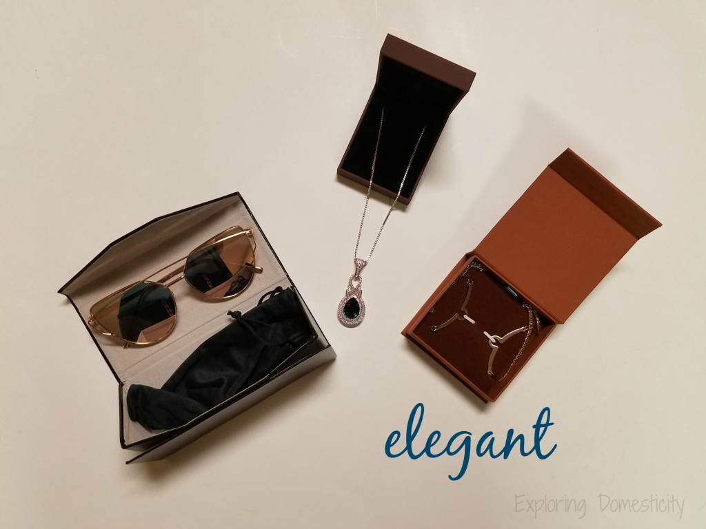 Autumn Wins Giveaway Hop - elegant prize pack
