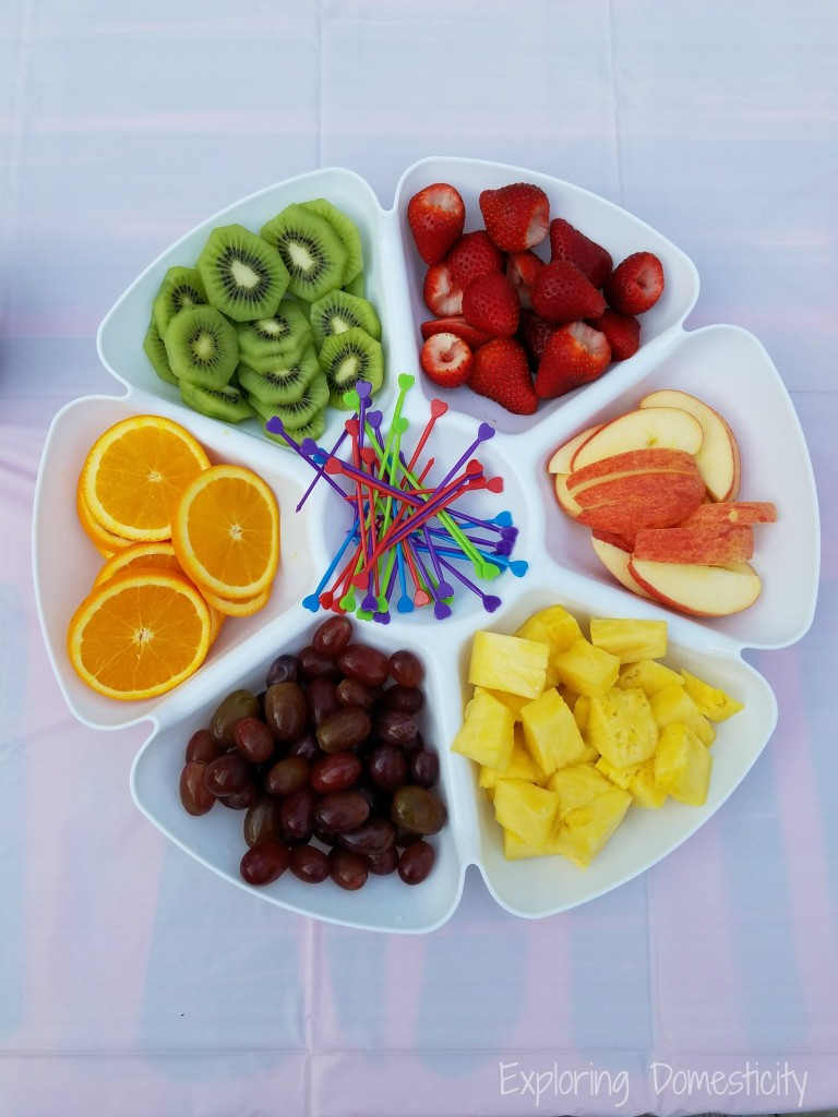 Rainbow Birthday Party: Fruit