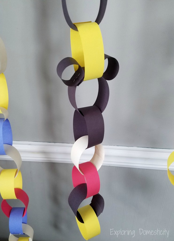 Mickey Mouse Disney Countdown Chain
