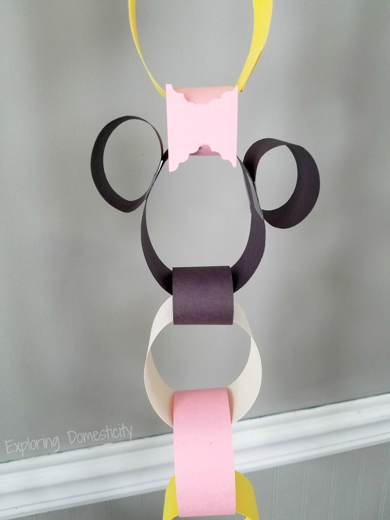 Minnie Mouse Disney Countdown Chain