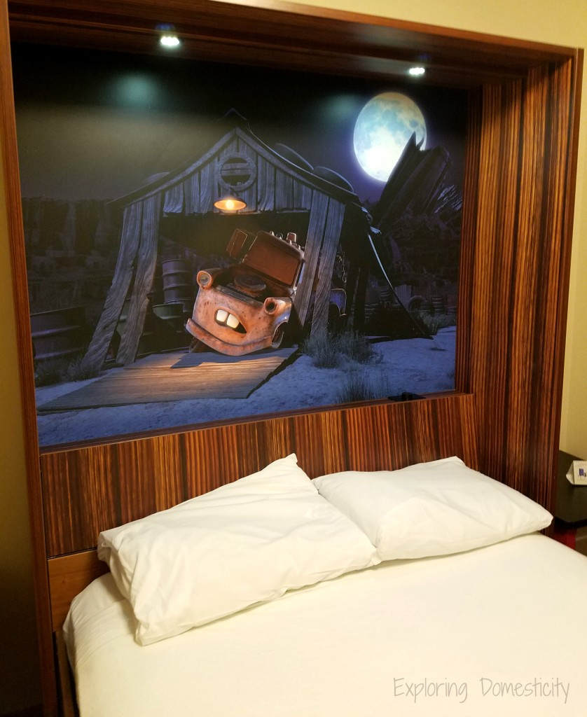 WDW Art of Animation Cars Suites murphy bed