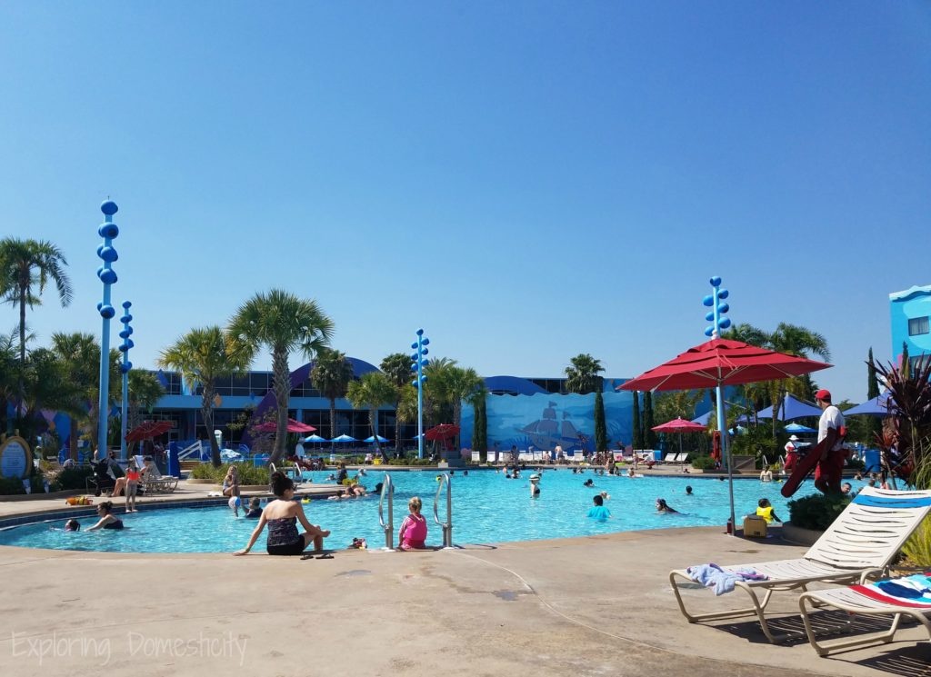 Disney World Art of Animation Resort: The Big Blue Pool and the scenery