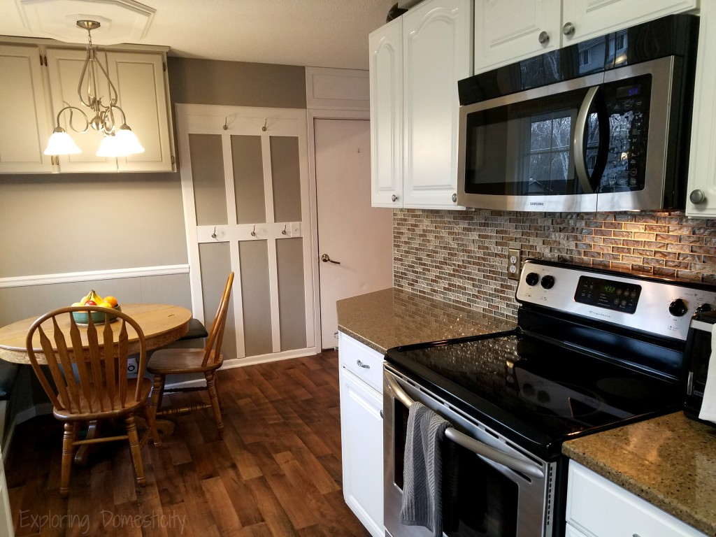 Small Fixes to Sell Your House FAST! - - creating space and giving buyers ideas