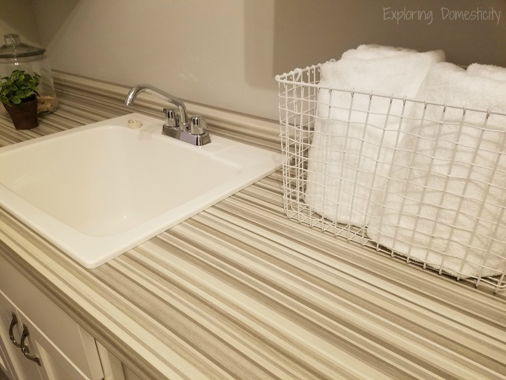 Small Fixes to Sell Your House FAST - laundry room