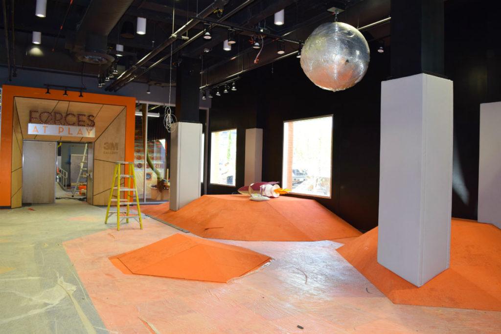 SAP Carpet Skate and disco ball - smaller