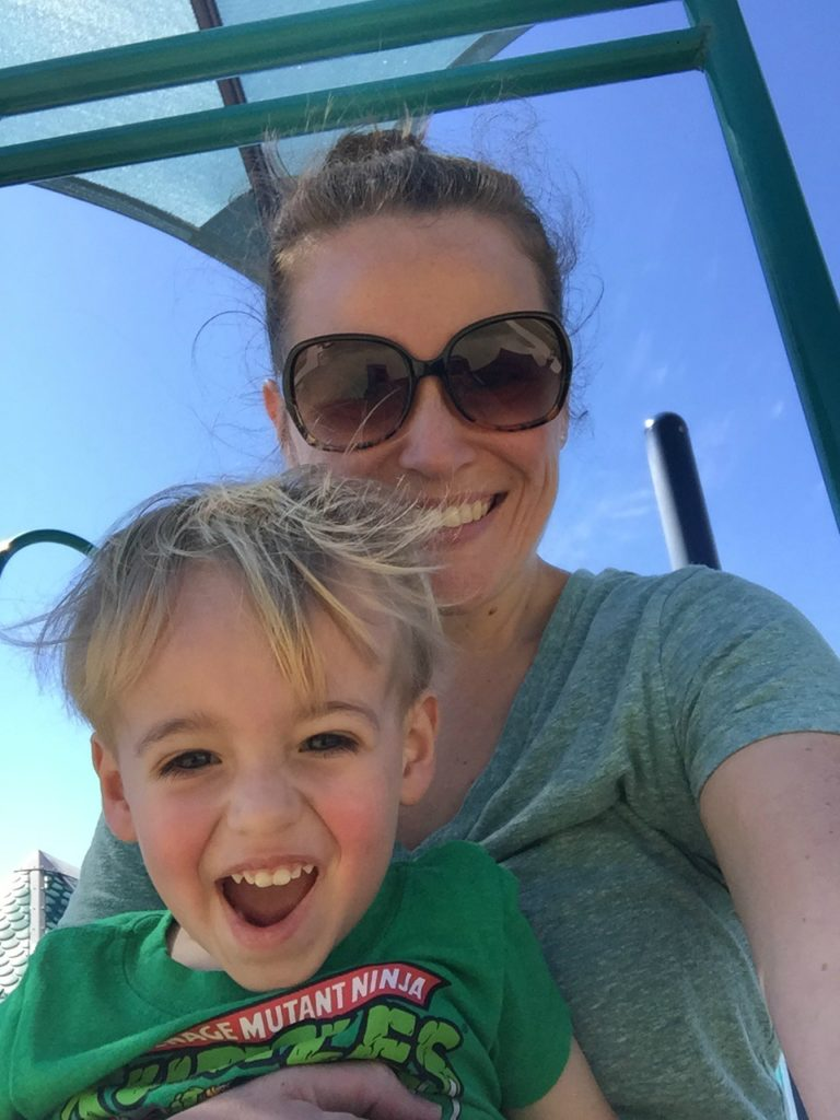 Motivating Mom Stephanie: working mom of a little one shares her story and her advice for moms