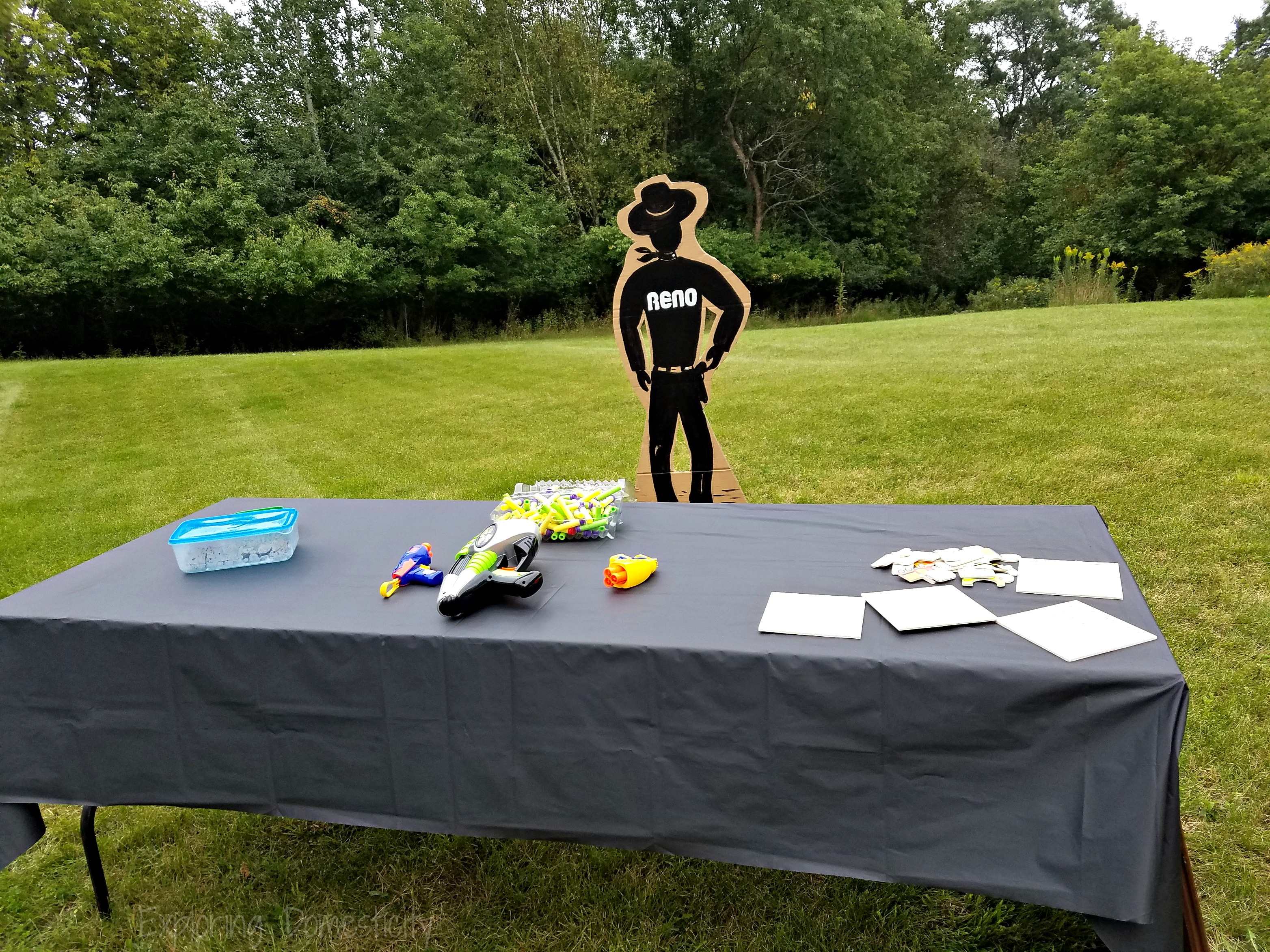Johnny Cash Relay Couples Shower Game table