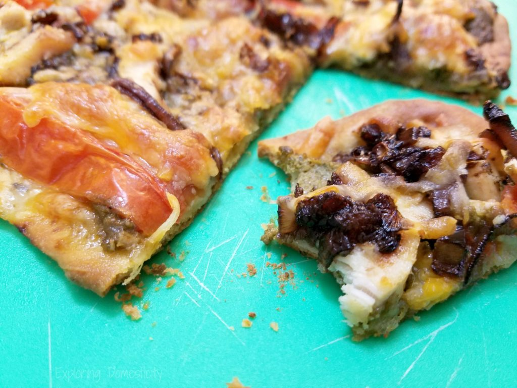 Balsamic Caramelized Onion Pesto Pizza - so good!