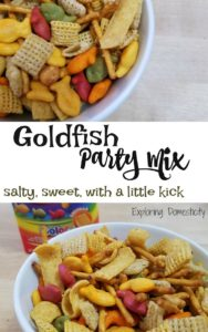 Goldfish Party Mix - salty, sweet, with a little kick - #GoldfishMoments #ad