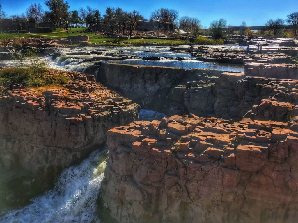 Sioux Falls South Dakota the Heart of America - plan a family getaway