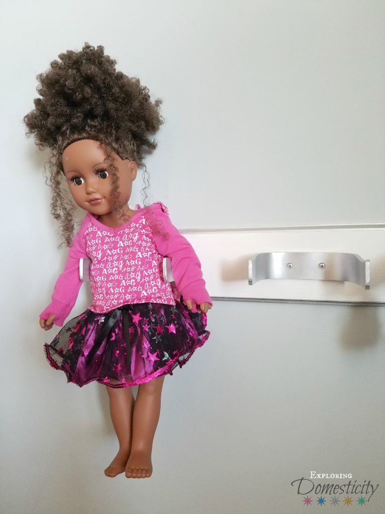DIY 18 inch doll holder - works for any 18 inch doll (American Girl, My Life, Our Generation, etc)